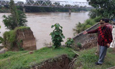 Tanggul Sungai Cimanuk Kritis, Harus Segera Diperbaiki