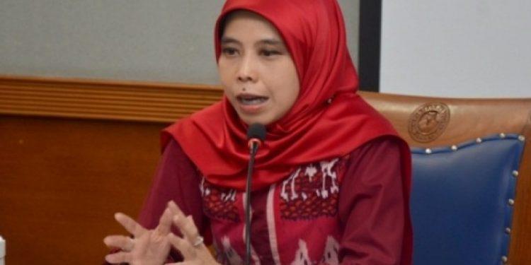 Politisi PDI Perjuangan sekaligus Wakil Ketua DPRD Propinsi Jawa Barat Ineu Purwadewi Sundari