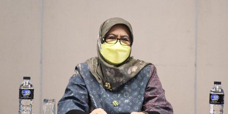 Anggota Komisi III DPRD Jawa Barat dari Fraksi PDI Perjuangan, Hj Elin Suharliah