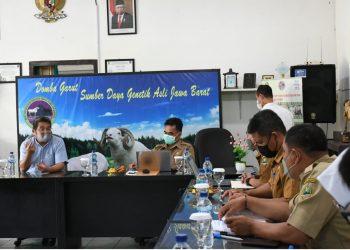 Pimpinan dan Anggota Komisi II DPRD Provinsi Jawa Barat melaksanakan Kunjungan Kerja ke Dinas Pertahanan Pangan dan Peternakan Balai Pengembangan Perbibitan Ternak Domba dan Kambing Margawati bertempat di Desa Margawati Kabupaten Garut dalam rangka Evaluasi Program dan Kegiatan APBD Tahun 2021 dan Rencana  APBD Tahun Anggaran 2022, Senin, (13/09/2021).